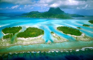 Aerial view of Bora Bora (Wikipedia)