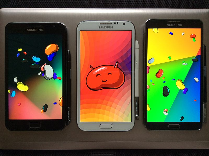 """The Samsung Galaxy Note is one of the first commercially available """"phablet"""" devices. (Wikimedia)"""