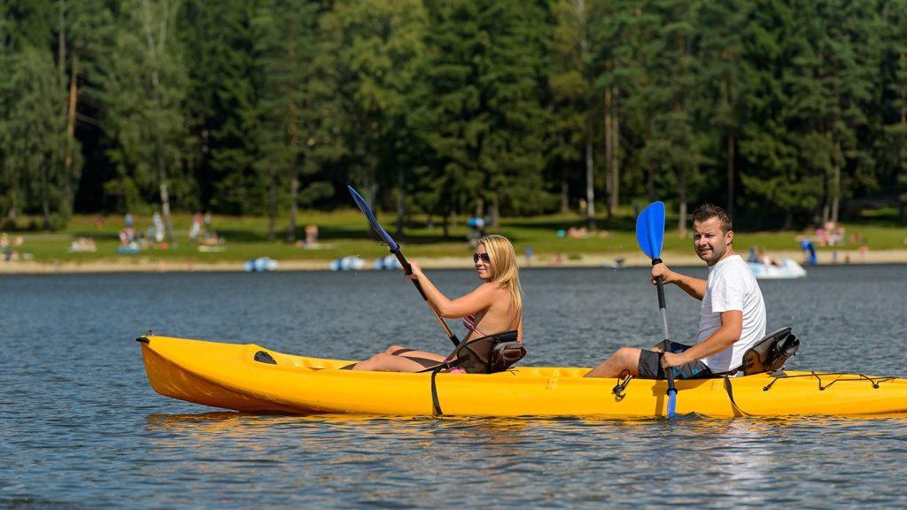 kayakcouple
